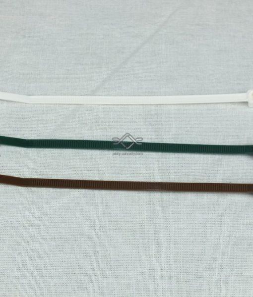 Páska na upevnenie pletiva