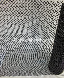 Stavebné plastové pletivo v čiernej farbe, Používa sa na ochranné konštrukcie, stabilizáciu terénu, plotové systémy, zábrany, podpora pre rastliny viniče